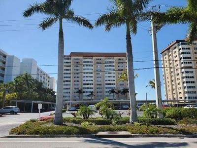 1750 BENJAMIN FRANKLIN DR APT 12D, SARASOTA, FL 34236 - Photo 1