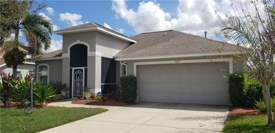 527 HUNTER LN, BRADENTON, FL 34212 - Photo 1