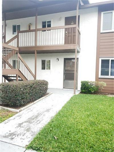 39132 COUNTY ROAD 54 UNIT 2060, Zephyrhills, FL 33542 - Photo 2