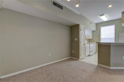 10548 WINDSOR LAKE CT # 10548, Tampa, FL 33626 - Photo 2