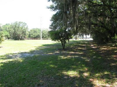 7729 NUNDY AVE, Gibsonton, FL 33534 - Photo 2