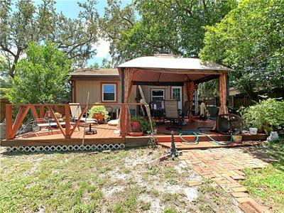 906 LAKEVIEW RD, CLEARWATER, FL 33756 - Photo 1