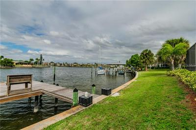 6428 LAKE SUNRISE DR, APOLLO BEACH, FL 33572 - Photo 2