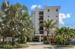 660 GOLDEN GATE PT APT 41, SARASOTA, FL 34236 - Photo 2