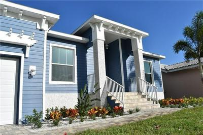 2704 SKIMMER POINT WAY S, GULFPORT, FL 33707 - Photo 1