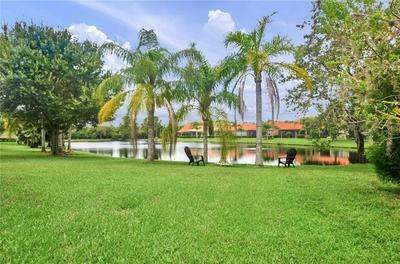 14642 CHATSWORTH MANOR CIR, Tampa, FL 33626 - Photo 2