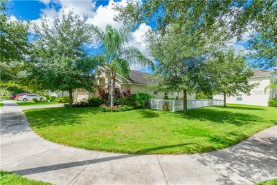 18228 SALTWATER RUN PL, TAMPA, FL 33647 - Photo 2