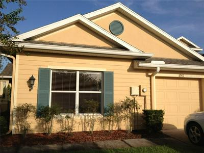 8902 IRON OAK AVE, TAMPA, FL 33647 - Photo 2