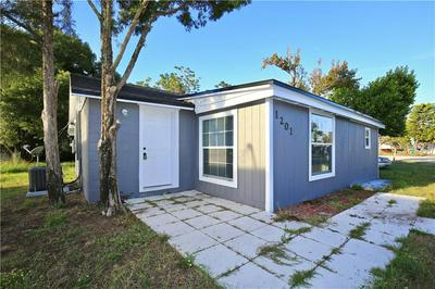 1201 NORTH AVE, Tavares, FL 32778 - Photo 2
