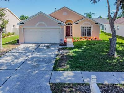 29622 BRIGHT RAY PL, Wesley Chapel, FL 33543 - Photo 2