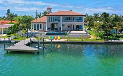 667 KEY ROYALE DR, Holmes Beach, FL 34217 - Photo 2