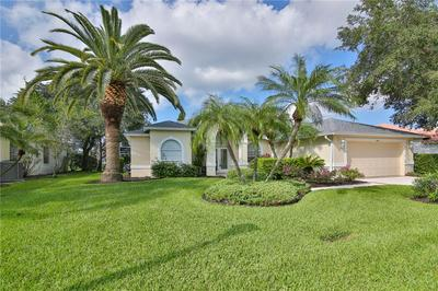 8920 GREY OAKS AVE, SARASOTA, FL 34238 - Photo 2