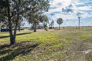 3315 N KINGSWAY RD, Thonotosassa, FL 33592 - Photo 1
