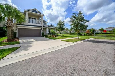 8840 TROPICAL PALM DR, TAMPA, FL 33626 - Photo 2