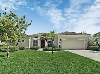 12323 LOBELIA TER, LAKEWOOD RANCH, FL 34202 - Photo 1