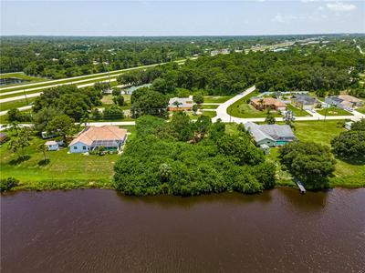 6484 BLUEBERRY DR, Englewood, FL 34224 - Photo 2