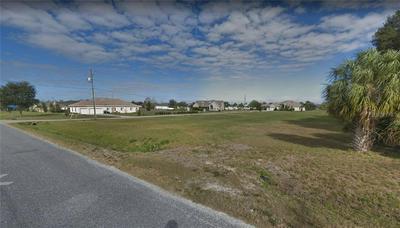 5204 RUTH MORRIS RD, WIMAUMA, FL 33598 - Photo 2