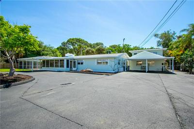 249 AVENIDA DE LA ISLA, Nokomis, FL 34275 - Photo 2
