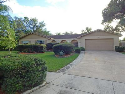 401 PARK MANOR DR, BRANDON, FL 33511 - Photo 2