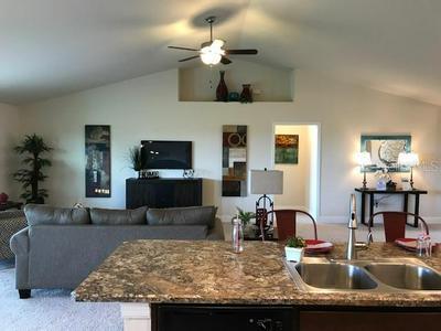 974 HUNTERS MEADOW LN, Lakeland, FL 33809 - Photo 2