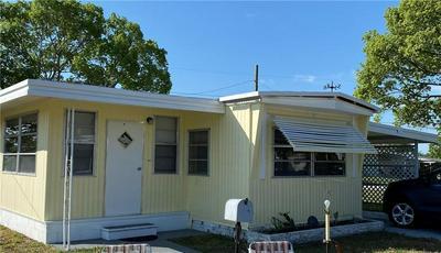 1611 SOUTHSHORE DR, TAVARES, FL 32778 - Photo 1