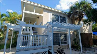 340 AVENIDA DE MAYO, Siesta Key, FL 34242 - Photo 2