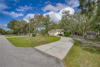 16243 EAGLE VIEW DR, SPRING HILL, FL 34610 - Photo 2