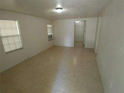 502 SE 9TH ST, Gainesville, FL 32601 - Photo 2