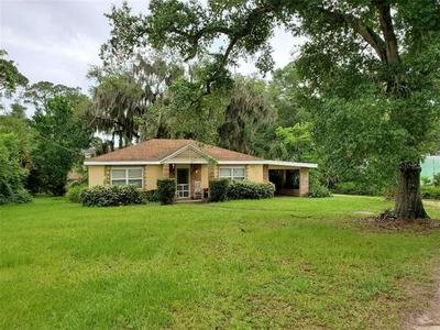 1581 MORAVIA AVE, HOLLY HILL, FL 32117 - Photo 1