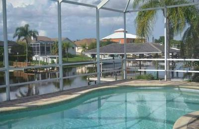 801 BUNKER VIEW DR, APOLLO BEACH, FL 33572 - Photo 2