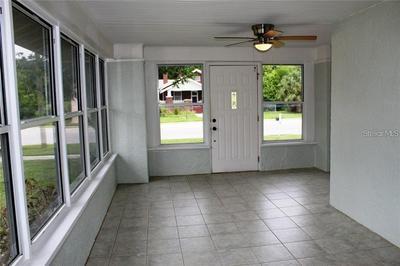 804 N SINCLAIR AVE, TAVARES, FL 32778 - Photo 2