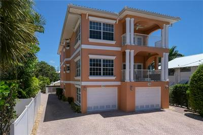 109 5TH ST S # A, Bradenton Beach, FL 34217 - Photo 2