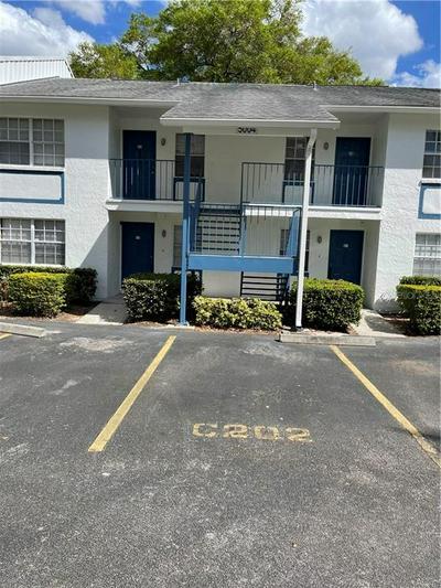 5004 BORDEAUX # 202, TAMPA, FL 33617 - Photo 2