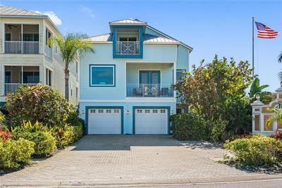 6401 MARBELLA BLVD, APOLLO BEACH, FL 33572 - Photo 1