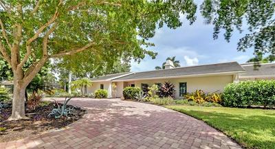 460 PHEASANT DR, Sarasota, FL 34236 - Photo 2