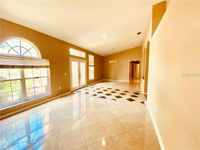 10217 TIMBERLAND POINT DR, TAMPA, FL 33647 - Photo 2