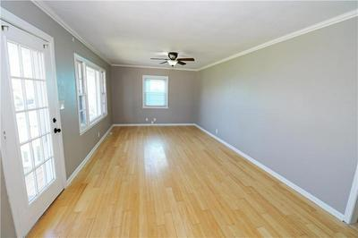 3613 S PLEASANT ST, Independence, MO 64055 - Photo 2