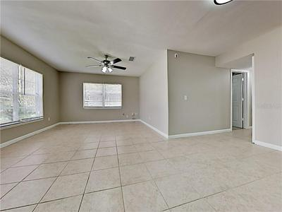 10932 WHITECAP DR, RIVERVIEW, FL 33579 - Photo 2