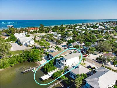424 PINE AVE, ANNA MARIA, FL 34216 - Photo 1
