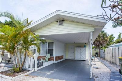 139 MCKINLEY DR, Sarasota, FL 34236 - Photo 2