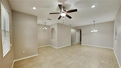 609 CENTER AVE, BRANDON, FL 33511 - Photo 2
