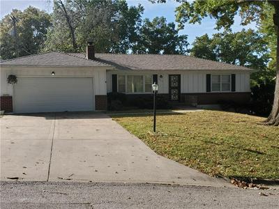 5017 HASKELL AVE, Kansas City, KS 66104 - Photo 2