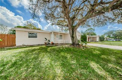 1050 BRASS LN, HOLIDAY, FL 34691 - Photo 2