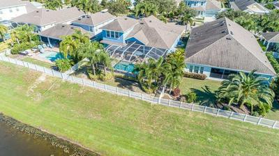 544 MANNS HARBOR DR, APOLLO BEACH, FL 33572 - Photo 2