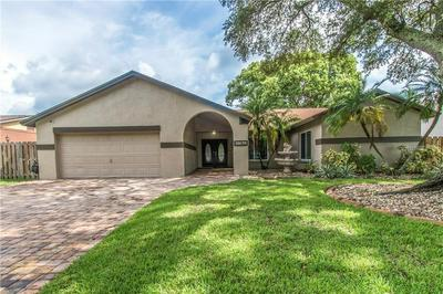 11403 COUNTRY OAKS DR, TAMPA, FL 33618 - Photo 1