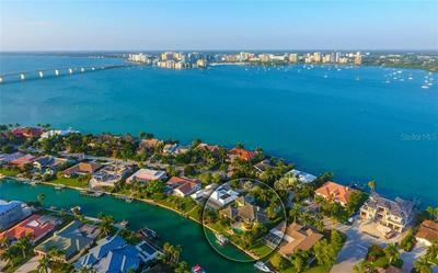 438 MEADOW LARK DR, Sarasota, FL 34236 - Photo 2