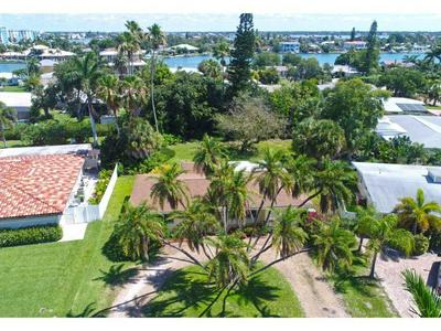10135 YACHT CLUB DR, Treasure Island, FL 33706 - Photo 2