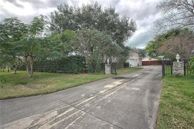 1000 DONEGAN RD, LARGO, FL 33771 - Photo 2