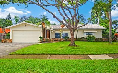 921 DEVILLE DR E, LARGO, FL 33771 - Photo 1