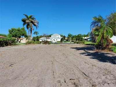 7830 OLIVER RD, SEMINOLE, FL 33777 - Photo 1
